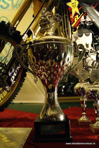 sinterklaas en feestavond msv overloon 02-12-2011 (37).JPG