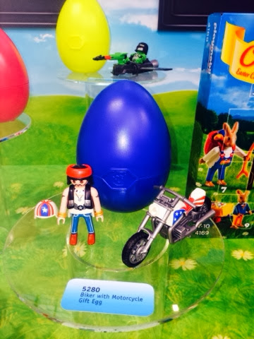 Playmobil biker Motorbike Motorcycle gift egg 5280