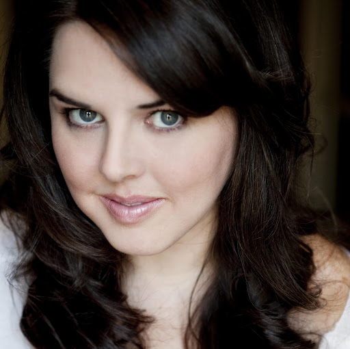 Angela Mcintosh