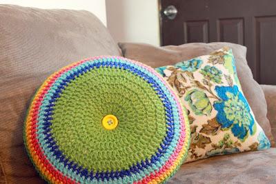 "IMG 7780 picnik Easy Striped (16"") Round Pillow Crochet Pattern"