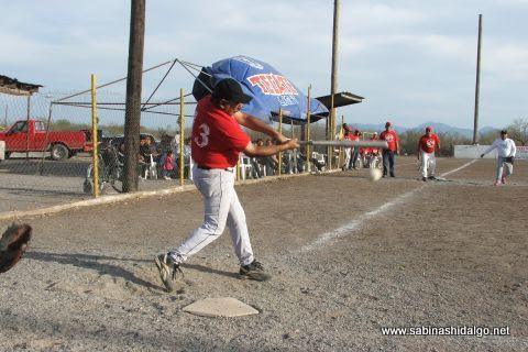 Felipe Pérez de Diablos en el softbol del Club Sertoma