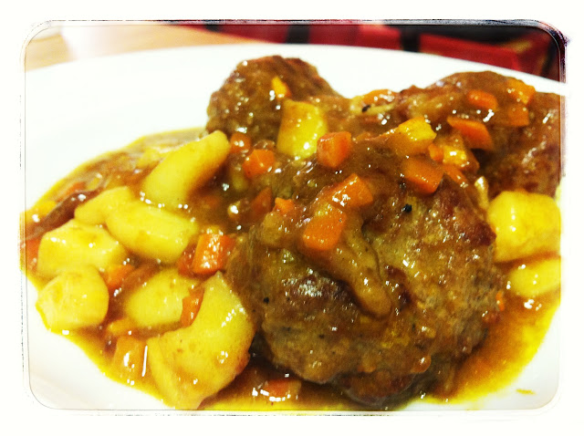 Albondigas con sepia y curry Mejor en Casa Chef a domicilio