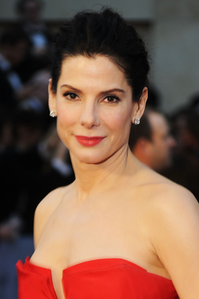 sandra bullock academy award. Sandra Bullock: Red hot in