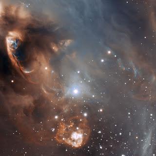 Fotografía de NGC 6729; una dramática formación estelar en detalle