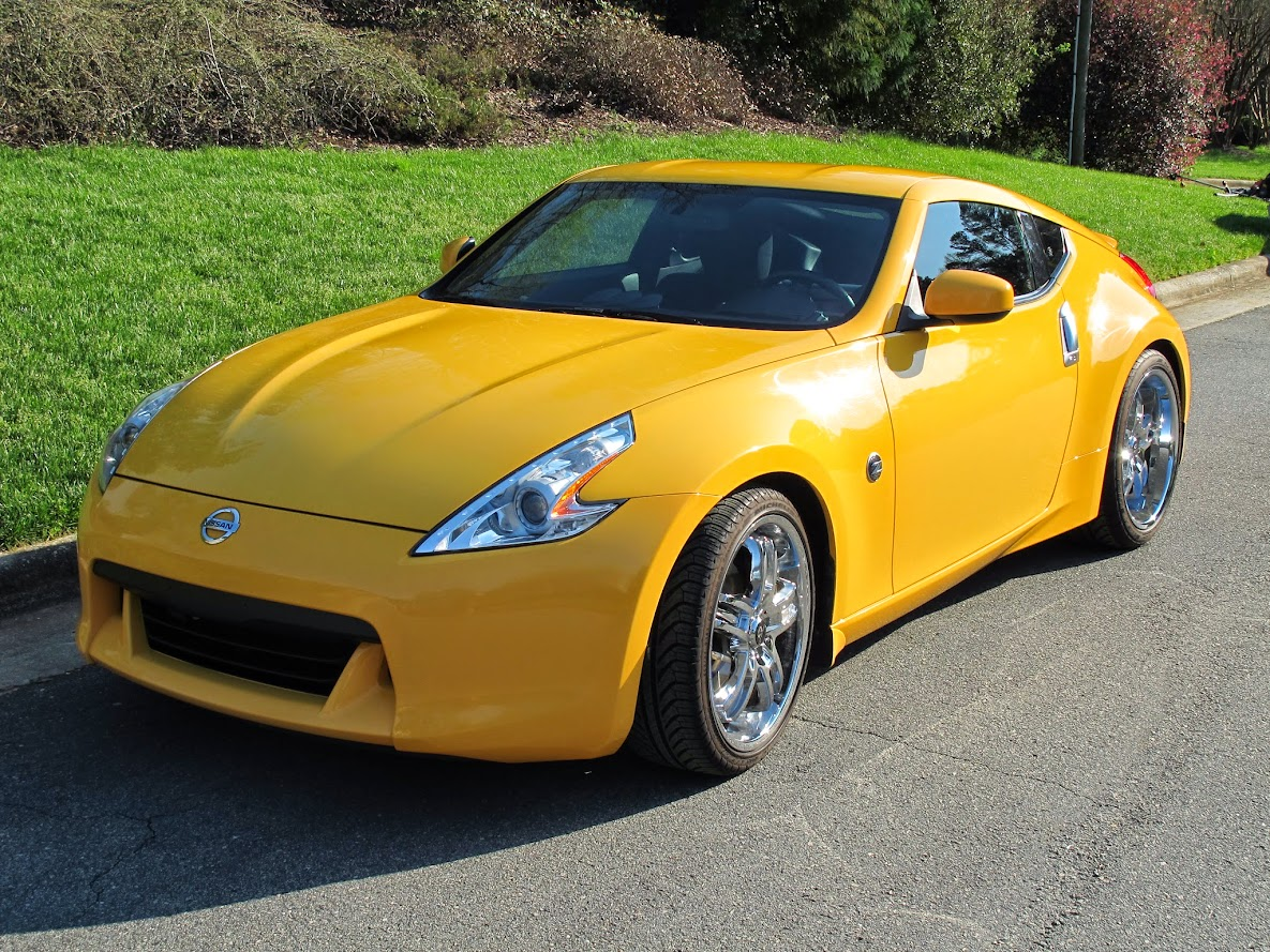 370z for sale 2009 chicane yellow 370z looking for a new. Black Bedroom Furniture Sets. Home Design Ideas