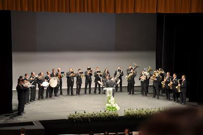 La Banda Municipal de Música de Pozoblanco (Córdoba), actuando en el Pregón de Feria 2011 de Pozoblanco. Foto: Banda Municipal de Música de Pozoblanco. Prohibido su uso y reproducción * www.bandamunicipaldepozoblanco.blogspot.com