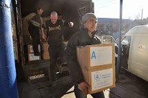 Distribution of aid in Debaltseve