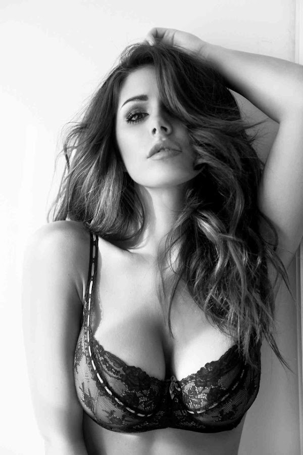 Lucy Pinder – Anna Fowler Lingerie B&W Photoshoot:Best,Glamour,lingerie0
