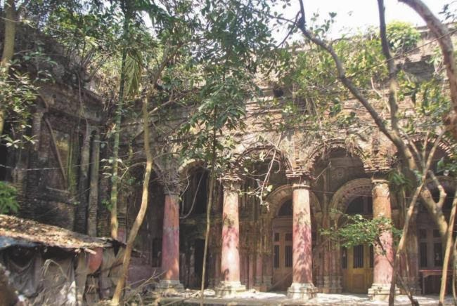 More Stuff: Kalashkathi temples falling apart for want of attention