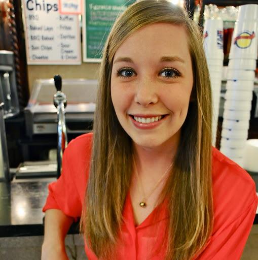 Hilary Johnson Photo 25