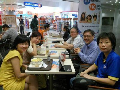 Group photo courtesy of @rachelhtan