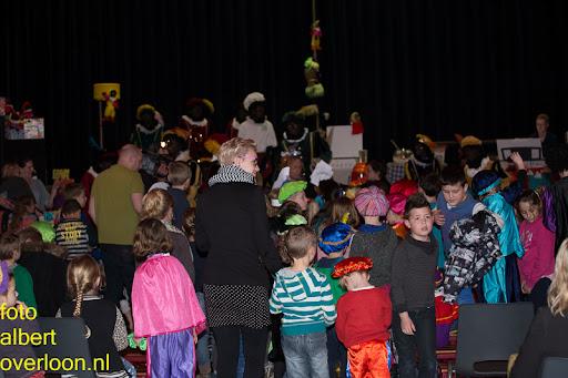 Intocht Sinterklaas overloon 16-11-2014 (86).jpg