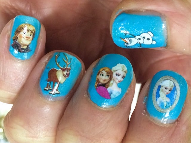 frozen-nail-art