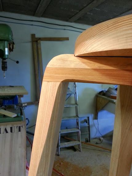 Chaise design pour petit garçon 20140314_095751