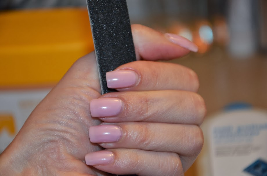 Easy, Fast, Non-Damaging Removal of Soak off Gel Polish | KISS