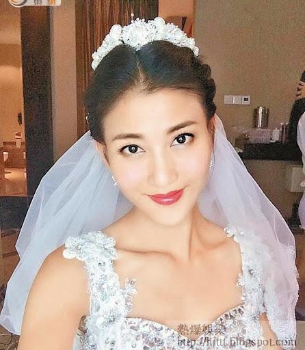 Rain數日前上載的婚紗照,仍未見「巨峰」。