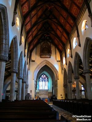 Montreal. Interior de biserică.
