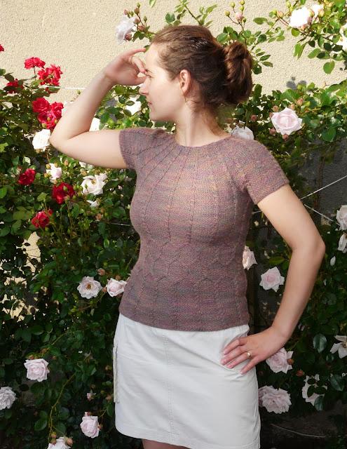 Provocare nr. 5 - Tricotat: Bluza racoroasa de vara - Pagina 5 P1260491