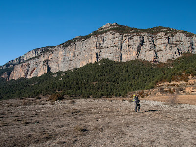 Deixem enrere la Roca de Canalda