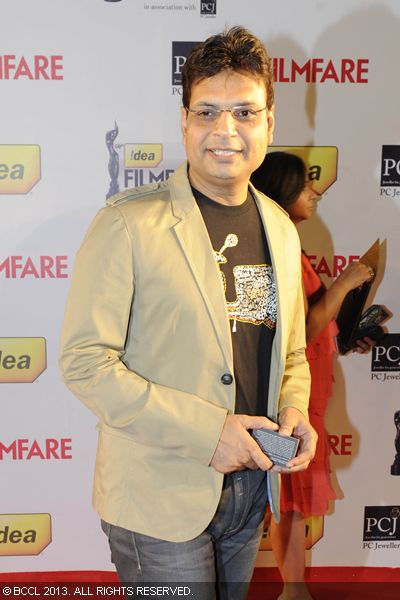 &#039;Rockstar&#039; lyricist Irshad Kamil gets clicked on the red carpet of 58th Idea Filmfare Awards 2013, held at Yash Raj Films Studios in Mumbai.Click here for:<br />  58th Idea Filmfare Awards