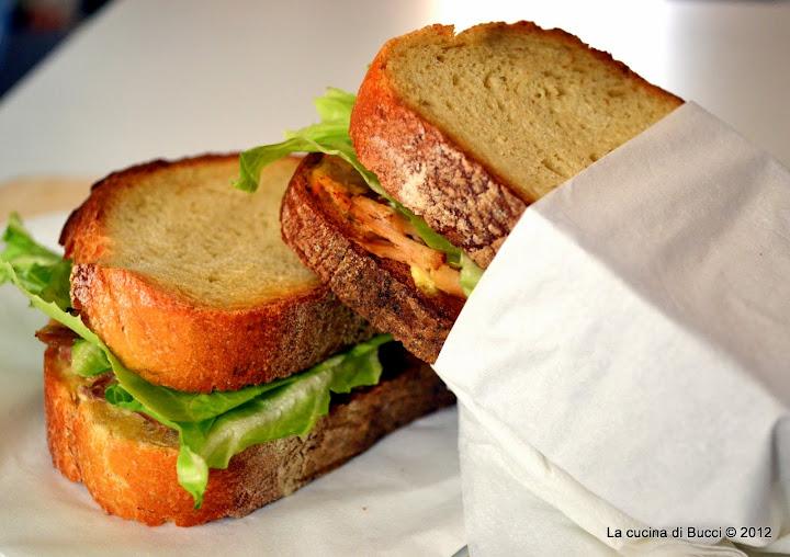 Sandwich di tacchino con il bovis