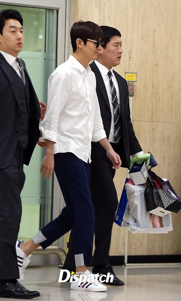 Lee Min Ho, Park Hae Jin cùng dàn mỹ nam xứ củ Sâm đồng loạt đổ bộ sân bay