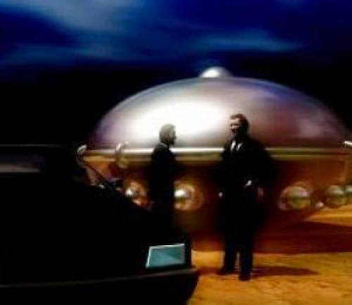 Mufon Report Ufos Ghostly Figures And Mib