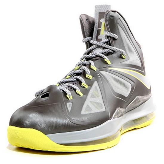 ... More Looks at Canary LeBron X That8217s Just Around the Corner ...