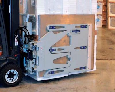 Xe nâng kẹp thùng carton