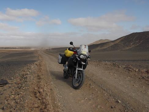 Marrocos e Mauritãnia a Queimar Pneu e Gasolina - Página 9 DSCF1062