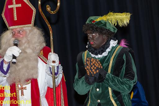 Intocht Sinterklaas overloon 16-11-2014 (82).jpg