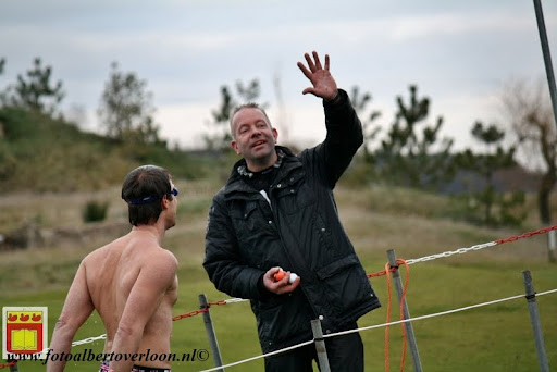 oudejaarsduik.Golfbaan overloon 30-12-2012 (54).JPG