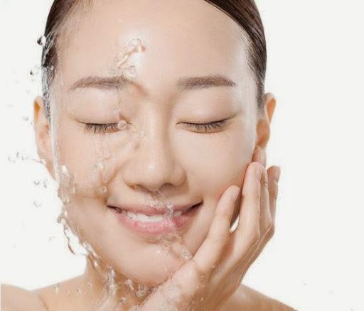 聰明人這樣洗臉60歲都沒皺紋