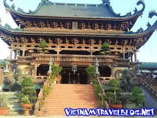 http://3.bp.blogspot.com/-UVF97qSuMpo/TrAnGCBDOQI/AAAAAAAADII/Y0Aoo2D8jeM/s320/BuuNghiem-Pagoda.jpg