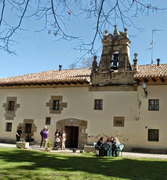 Albergue de peregrinos Nuestra Señora de Carrasquedo, Grañón, La Rioja :: Albergues del Camino de Santiago