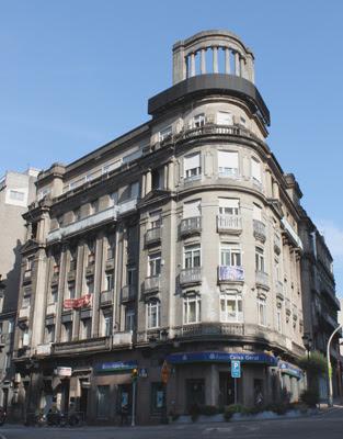 11.c-Edificio+La+Peineta.jpg