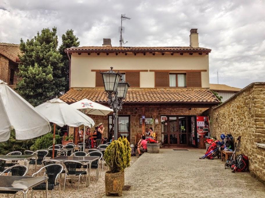Albergue de peregrinos Camino del Perdón, Uterga, Navarra, Camino de Santiago