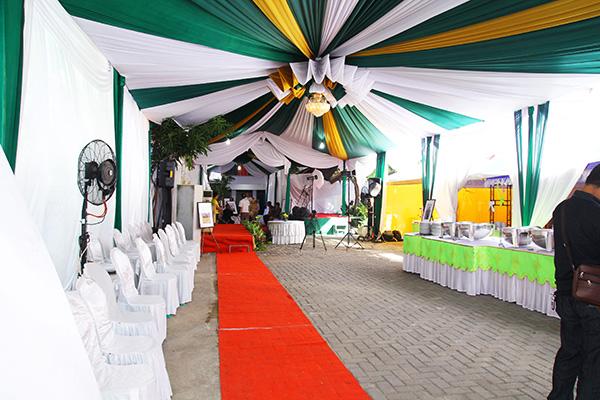 pelaminan dan tenda perkawinan
