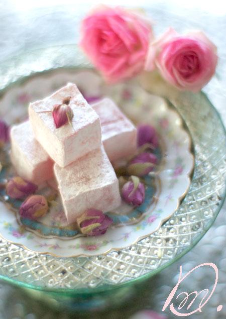 Wunderschoen gemacht orientalisches for Divan rose turkish delight
