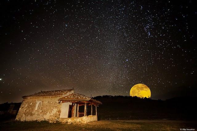 밤하늘 달과 별