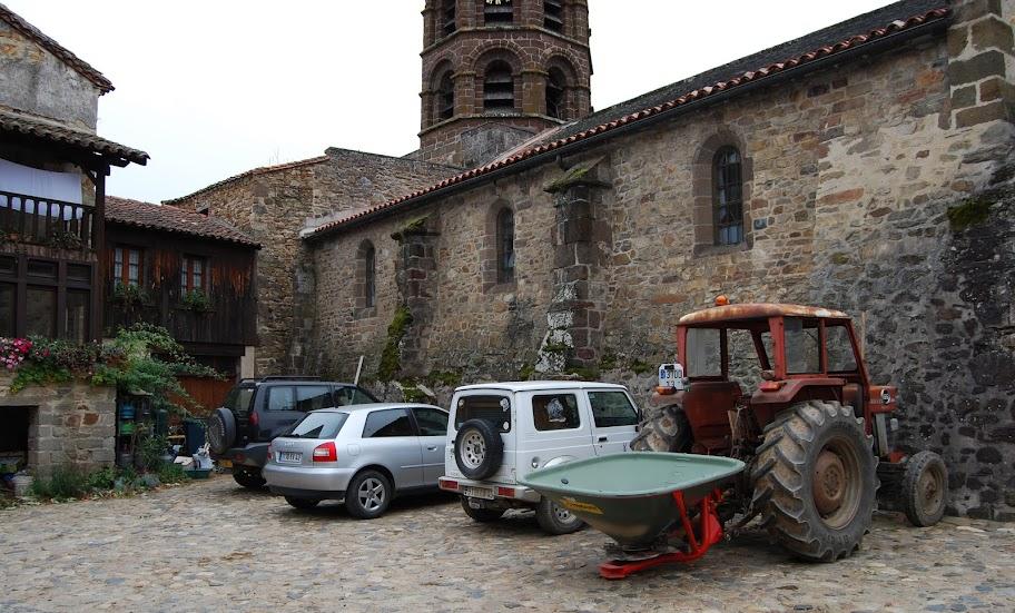 Свято-Андреевское аббатство в Лаводьё (Abbaye Saint-André de Lavaudieu)