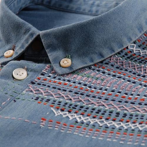 camisa jeans bordada