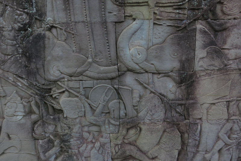 Elephant war bas relief