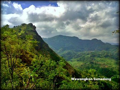Gunung Bongkok Dayeuh Luhur