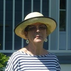 Nicole Lapierre Photo 21