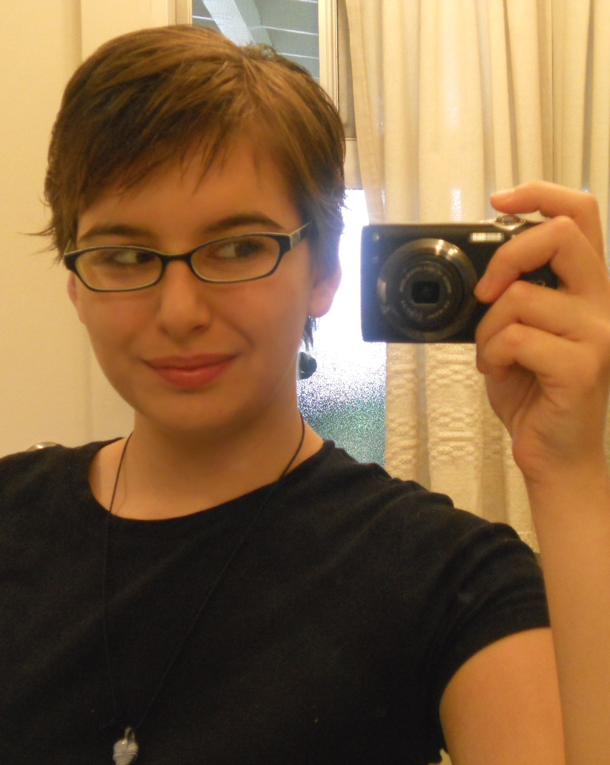 Hairstyles After Shower : Scene Girl Hairstyles with Bad Emo Haircuts also Layered Hairstyles ...