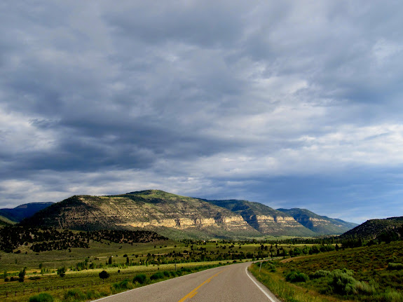 Wonerful view north along the Joe's Valley graben