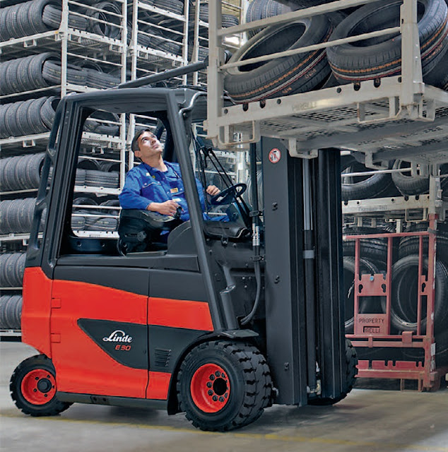Xe nâng điện Battery Forklift