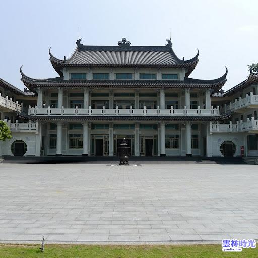 林內的廟宇-日式建築風的圓明禪寺