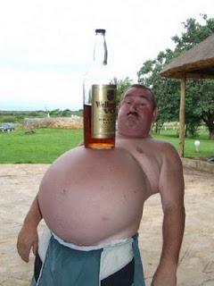 Minum arak jugak boleh membuncitkan perut